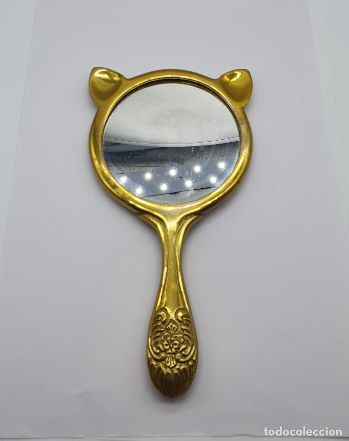 Antigüedades: Original espejo de mano antiguo en bronce macizo con forma de gato . - Foto 2 - 183992927