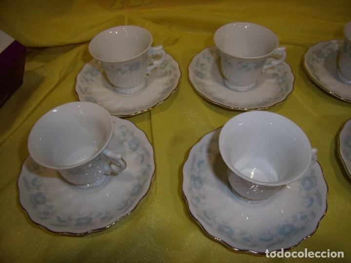 Antigüedades: Juego café porcelana China, filo de oro, 12 piezas, años 80, caja original, Nuevo sin usar. - Foto 3 - 184122152