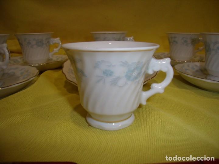 Antigüedades: Juego café porcelana China, filo de oro, 12 piezas, años 80, caja original, Nuevo sin usar. - Foto 6 - 184122152
