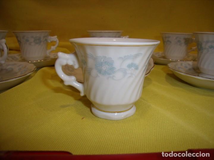 Antigüedades: Juego café porcelana China, filo de oro, 12 piezas, años 80, caja original, Nuevo sin usar. - Foto 7 - 184122152