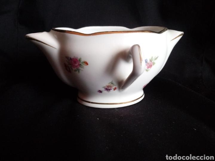 Antigüedades: Antigua salsera de porcelana francesa. Separa grasas maigre gras - Foto 4 - 184129312