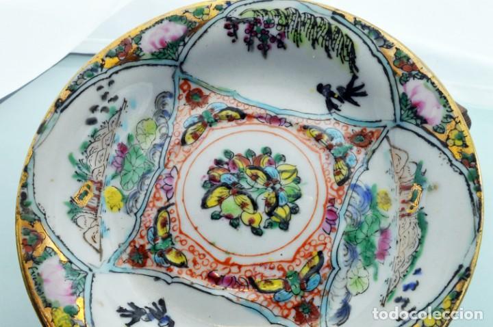 Antigüedades: ANTIGUOS PLATOS DE PORCELANA CHINA LOTUS BLOOMS BRAND CON FINA DECORACIÓN A MANO - SELLOS CHINOS - Foto 6 - 184141395