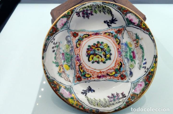 Antigüedades: ANTIGUOS PLATOS DE PORCELANA CHINA LOTUS BLOOMS BRAND CON FINA DECORACIÓN A MANO - SELLOS CHINOS - Foto 15 - 184141395