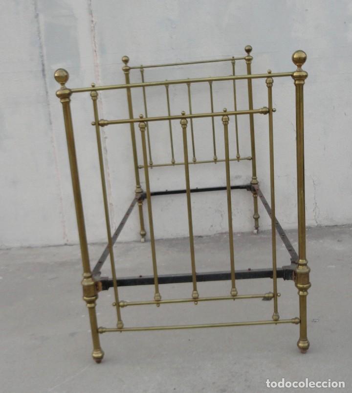 CAMA ANTIGUA DE BRONCE DE 90 (Antigüedades - Muebles Antiguos - Camas Antiguas)