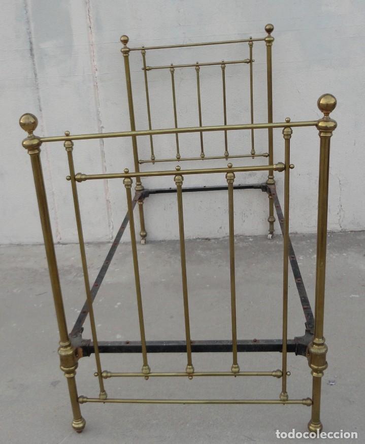 Antigüedades: Cama antigua de bronce de 90 - Foto 2 - 184173861