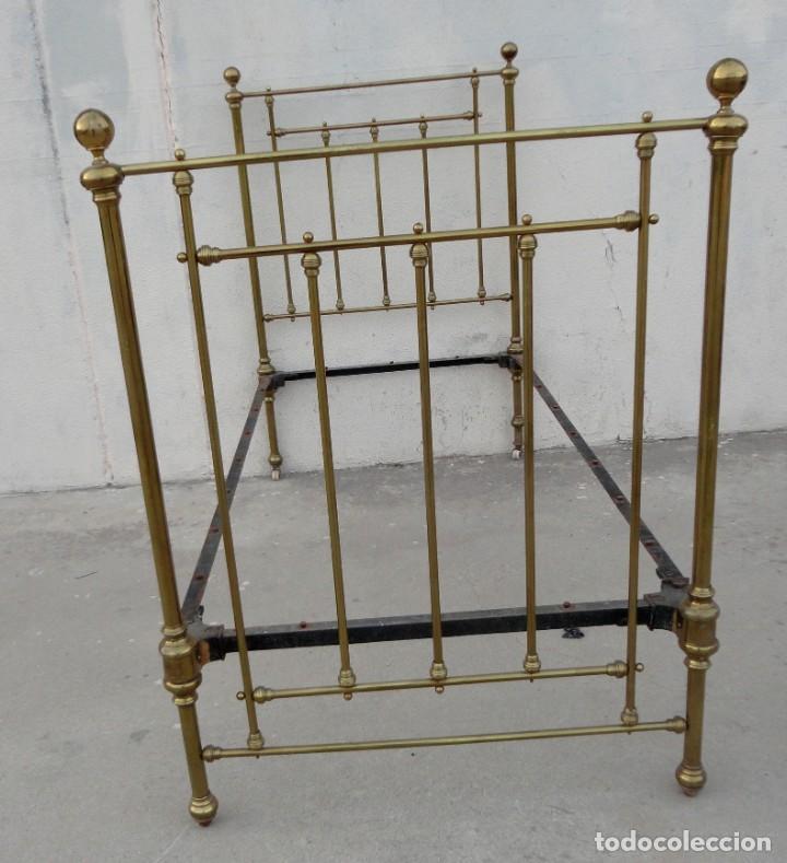 Antigüedades: Cama antigua de bronce de 90 - Foto 7 - 184173861