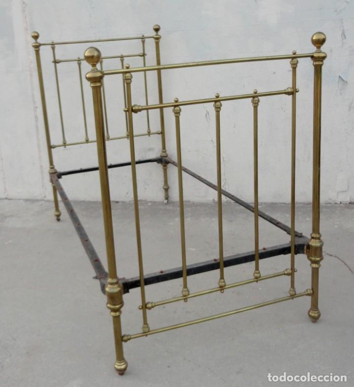 Antigüedades: Cama antigua de bronce de 90 - Foto 8 - 184173861