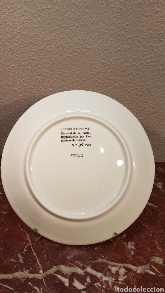 Antigüedades: PLATO N. 3 DE CATEDRAL DE SANTIAGO. DE G. PORTO. CERAMICAS CASTRO SARGADELOS. DESCATALOGADO 36/500 - Foto 3 - 184180278