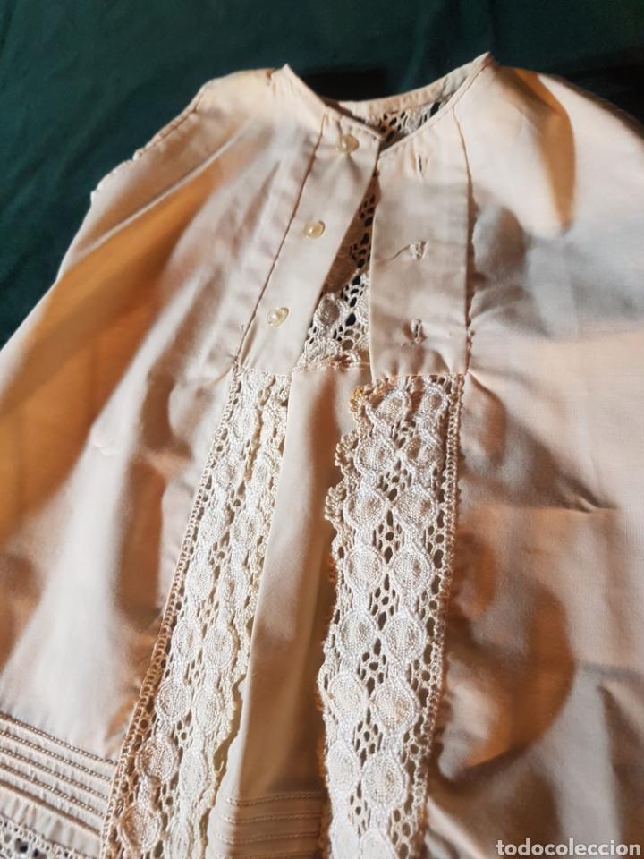 Antigüedades: Traje de bebe o traje de bautismo o acristianar color salmón - Foto 7 - 184183046