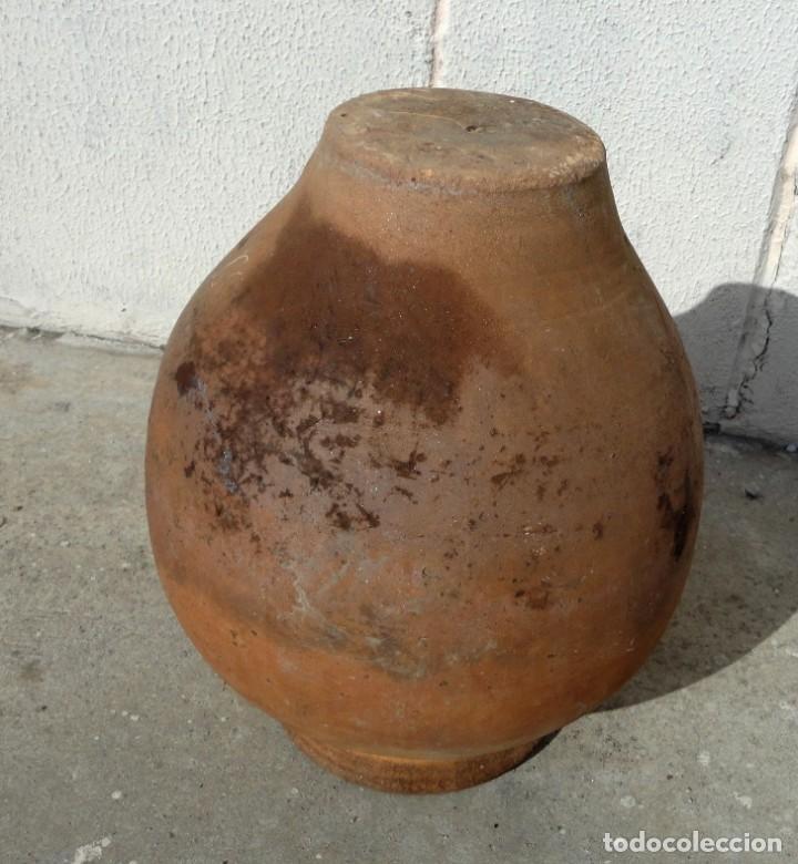 Antigüedades: Tinaja antigua de barro con marcas - Foto 7 - 184187406
