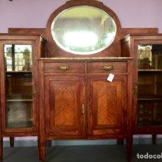 Antigüedades: VITRINA MUEBLE APARADOR BUFFET O CÓMODA DE 1920. Lote 99871999