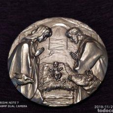 Antigüedades: INIGUALABLE METOPA EN RELIEVE, BRONCE PLATEADO, ÚNICA, VER, AÑO 2000. Lote 184225173