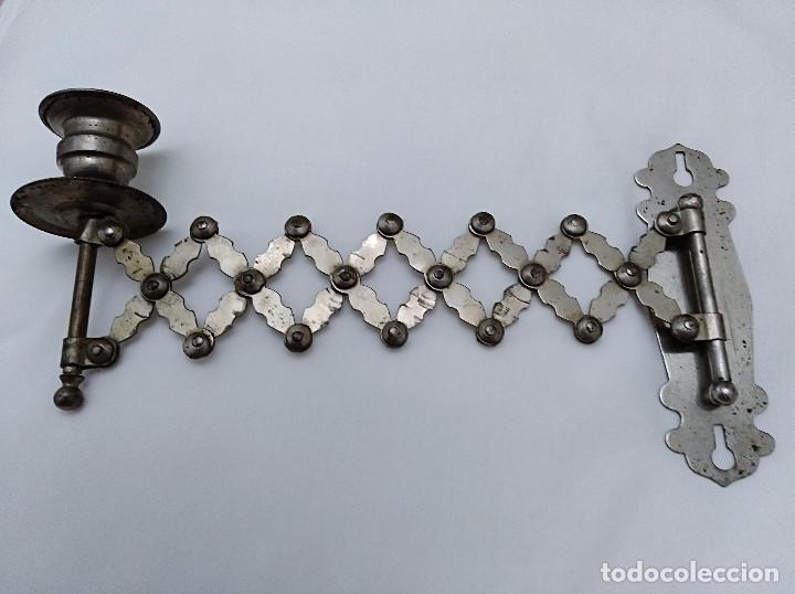 Antigüedades: PORTAVELAS EXTENSIBLE METÁLICO, SEGUNDA MITAD SIGLO XIX. SOLO COLECCIONISTAS. - Foto 3 - 43375348