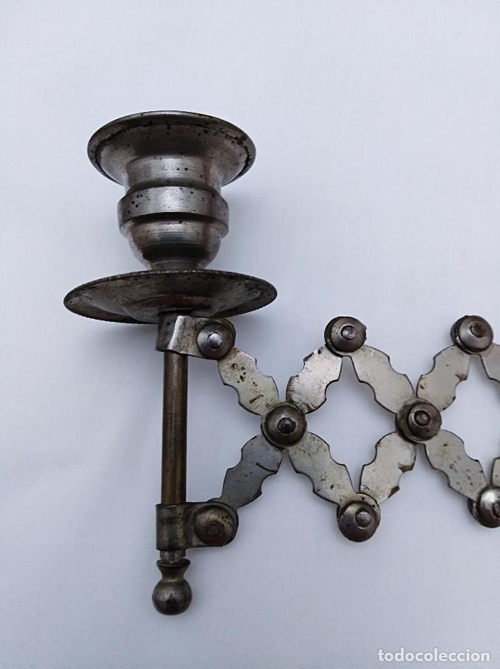 Antigüedades: PORTAVELAS EXTENSIBLE METÁLICO, SEGUNDA MITAD SIGLO XIX. SOLO COLECCIONISTAS. - Foto 5 - 43375348