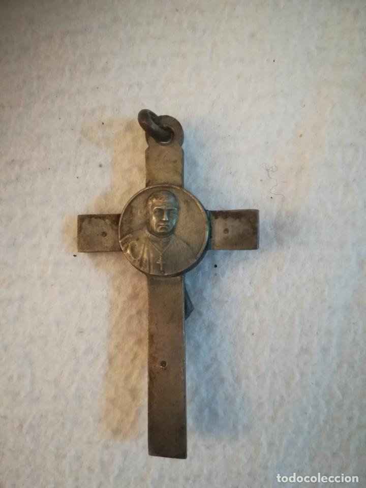Antigüedades: ANTIGUO CRUCIFIJO. DOBLE CARA. CRUZ CELTA CON CRUZ DE MALTA. DORSO IMAGEN JUAN PABLO II. 4 X 7CM. - Foto 2 - 184266743