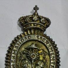 Antigüedades: MEDALLA HERMANDAD SACRAMENTAL LOS GITANOS - SEVILLA. Lote 184301791