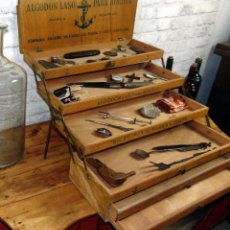 Antigüedades: ESPECTACULAR MUEBLE DE HILOS, FABRA Y COATS, EXCELENTE ESTADO , TODO ORIGINAL,. Lote 184339351