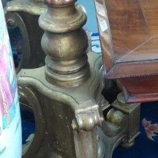 Antigüedades: PAREJA HACHONES CASTELLANOS PAN DE ORO. Lote 184358543