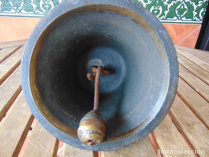 Antigüedades: CAMPANA EN BRONCE ESTACION DE TREN ,BARCO O SIMILAR NO ESTA MARCADA 20 X 20.5 CM SOBRE 5000 GRAMOS - Foto 3 - 276602633