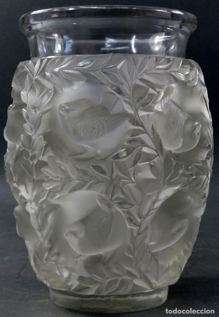 CENTRO EN VIDRIO PRENSADO CRISTAL GLACE TALLADO VASE BAGATELLE LALIQUE FRANCIA PRINCIPIOS SIGLO XX (Antigüedades - Cristal y Vidrio - Lalique )