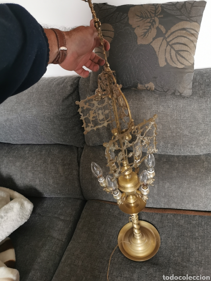 Antigüedades: Candelabro de bronce castellano. Principios siglo XX - Foto 5 - 184442356