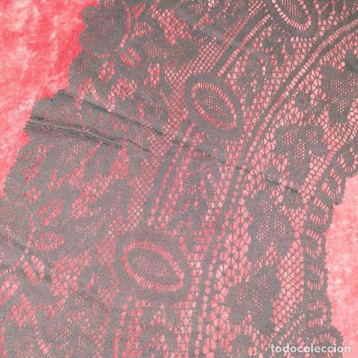Antigüedades: GRAN CUELLO PARA TRAJE DE DAMA. ENCAJE. ALGODÓN NEGRO. ESPAÑA. FIN SIGLO XIX - Foto 5 - 184447595