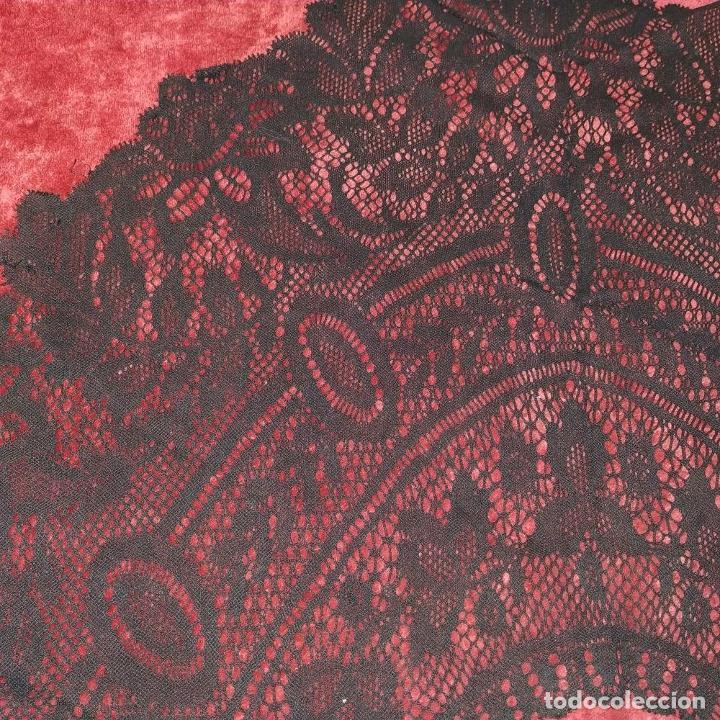 Antigüedades: GRAN CUELLO PARA TRAJE DE DAMA. ENCAJE. ALGODÓN NEGRO. ESPAÑA. FIN SIGLO XIX - Foto 7 - 184447595