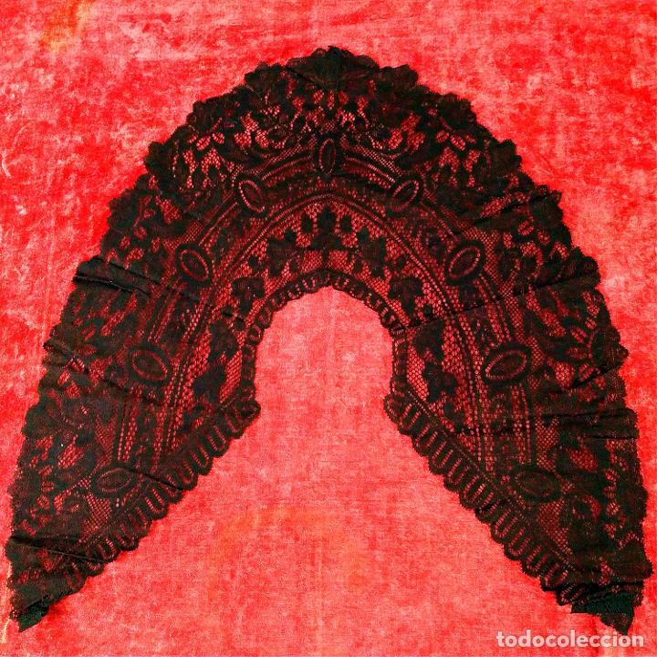 GRAN CUELLO PARA TRAJE DE DAMA. ENCAJE. ALGODÓN NEGRO. ESPAÑA. FIN SIGLO XIX (Antigüedades - Moda y Complementos - Mujer)