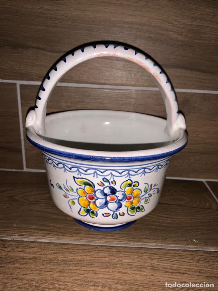 CESTITA FRUTERO HECHO Y PINTADO A MANO, TALAVERA (Antigüedades - Porcelanas y Cerámicas - Talavera)