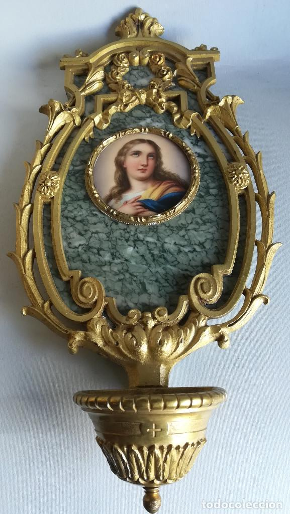 BENDITERA DE BRONCE Y MARMOL, IMAGEN SOBRE ESMALTE (Antigüedades - Religiosas - Benditeras)