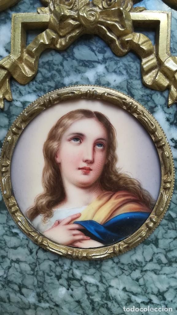 Antigüedades: BENDITERA DE BRONCE Y MARMOL, IMAGEN SOBRE ESMALTE - Foto 3 - 184453976