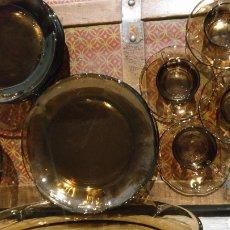 Antiquités: VAJILLA COMPLETA DURALEX ÁMBAR 6 SERVICIOS. Lote 220135000