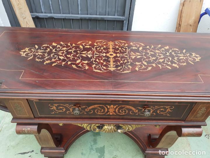 Antigüedades: consola de caoba y pino con toque marqueteria - Foto 2 - 184558600