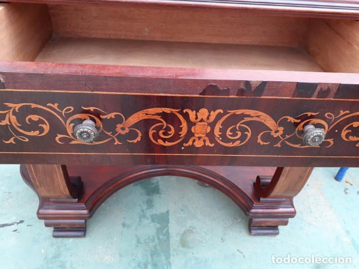Antigüedades: consola de caoba y pino con toque marqueteria - Foto 5 - 184558600