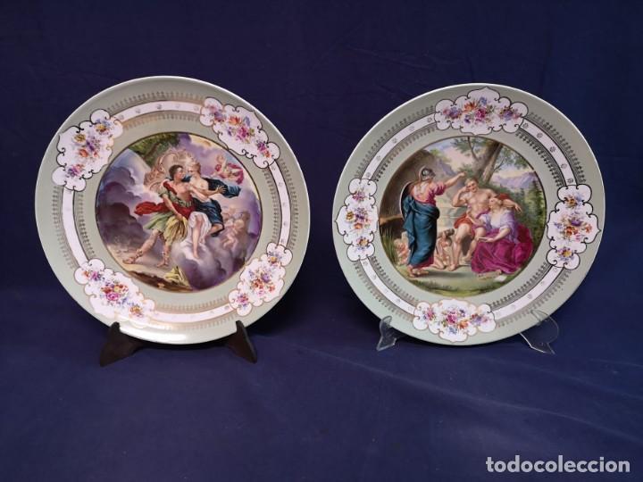 PAREJA DE PLATOS AUSTRIACOS (Antigüedades - Porcelana y Cerámica - Alemana - Meissen)