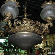 Antigüedades: LAMPARA DE TECHO EN BRONCE - DRAGONES - TULIPAS DE CRISTAL. Lote 184597418