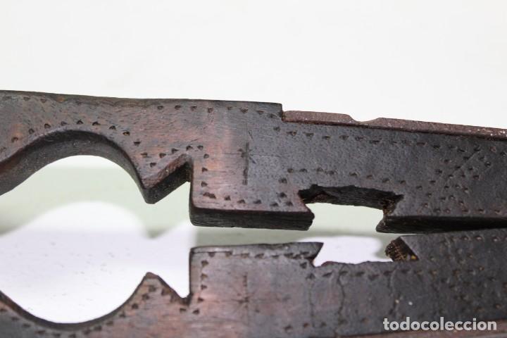 Antigüedades: Casca piñones madera y forja - Foto 8 - 184599781