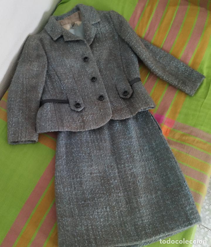 Antigüedades: Traje chaqueta, falda y cuerpo de lana. Años 50/60. Prince González. San Sebastián - Foto 2 - 184618527