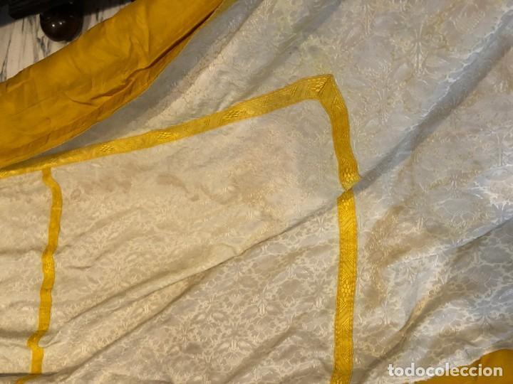 Antigüedades: 2 telas para liturgia procedente de casullas o capas - Foto 5 - 184641195