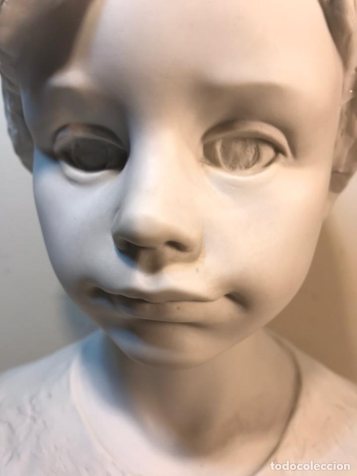 Antigüedades: Figura Porcelana- Lladró- Niña Busto- Serie Limitada n 134 de 500 - Foto 5 - 184720917