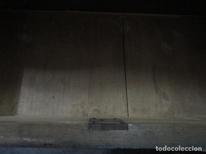 Antigüedades: Antigua Cómoda Isabelina Bombeada - Madera de Raíz de Caoba - Mármol Blanco - S. XIX - Foto 26 - 133731566