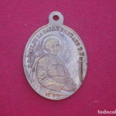 Antigüedades: MEDALLA SAN JUAN BAUTISTA DE LA SALLE Y EL PAPA LEÓN XIII AÑO 1900. Lote 184883283