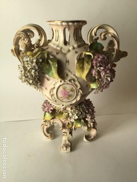Antigüedades: ANTIGUO JARRON DE PORCELANA , CON 2 ANGELES Y FLORES DE JAZMIN , SIGLO XIX - Foto 7 - 185100991