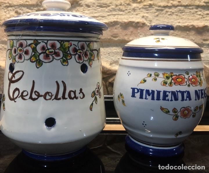 PAREJA DE TARROS DE COCINA (Antigüedades - Porcelanas y Cerámicas - Talavera)