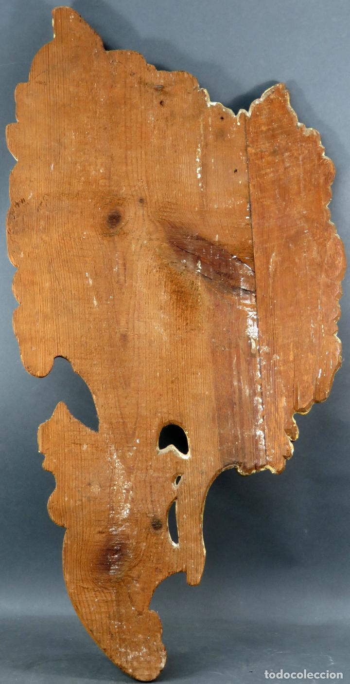 Antigüedades: Aplique pieza de retablo barroco forma de sol en madera tallada y dorada siglo XVIII - Foto 6 - 185690376