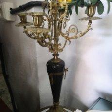 Antigüedades: CANDELABRO DE BRONCE. IMPERIO. Lote 185694937