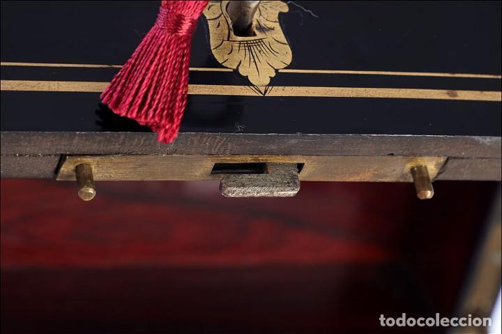 Antigüedades: Antigua Licorera Francesa. Cristalería Baccarat. Napoleón III. Francia, Circa 1870 - Foto 14 - 185699283