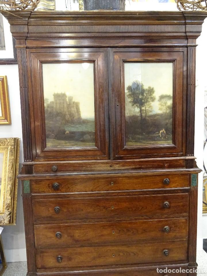 Antigüedades: Mueble inglés estilo Jorge III, S.XIX en madera de palosanto y roble en el interior - Foto 2 - 185701417
