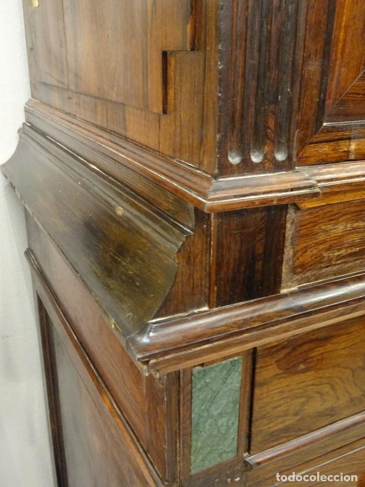 Antigüedades: Mueble inglés estilo Jorge III, S.XIX en madera de palosanto y roble en el interior - Foto 12 - 185701417