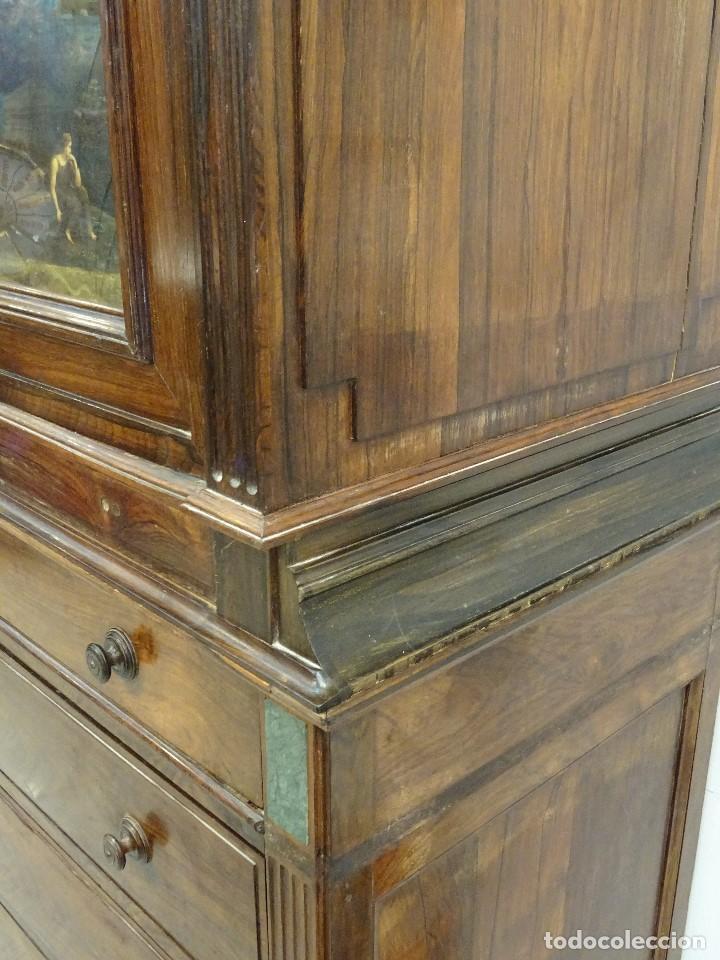 Antigüedades: Mueble inglés estilo Jorge III, S.XIX en madera de palosanto y roble en el interior - Foto 13 - 185701417